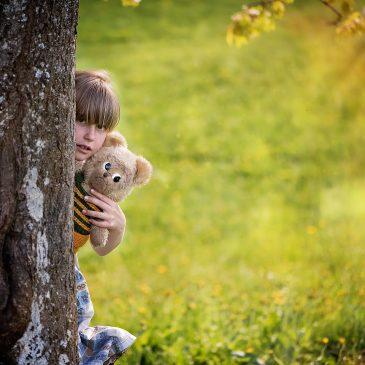 Se tudi vi sprašujete, kako pomagati otroku v stiski?
