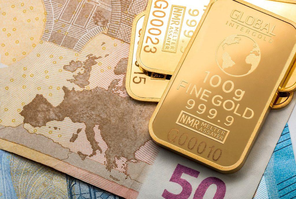 zlata denarnica in obilje